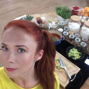 Aneta Łańcuchowska gotuje na żywo w studio DDTVN